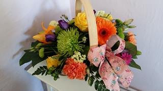Send Flowers Ravenshead same day delivery by Floral Boutique